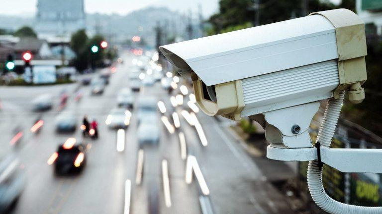 Скоро на дорогах появятся современные камеры